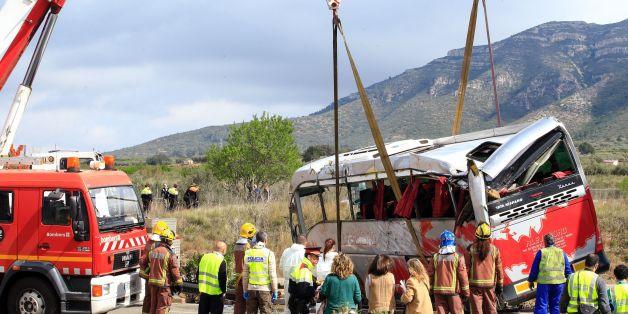 Katalanischer Minister: Zwei tote Deutsche bei Busunglück