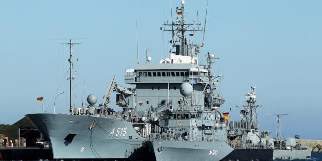 Zwei Schiffe der Bundeswehr