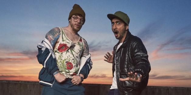 """Ab jetzt in der Sitcom """"Blockbustaz"""" zu sehen: Eko Fresh (r.) und Ferris MC"""