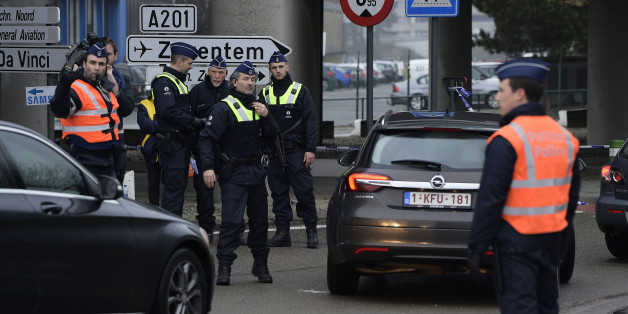 Les opérations antiterroristes et la suite de l'enquête post-attentats de Bruxelles (DIRECT)