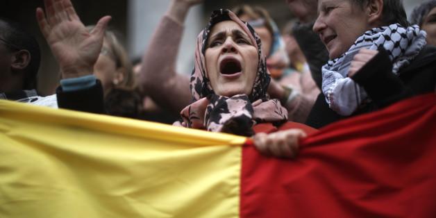 Muslime verurteilen die Anschläge nicht? Dieses Foto sagt etwas anderes.