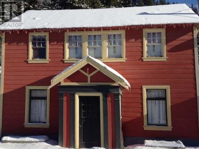 lillooet house