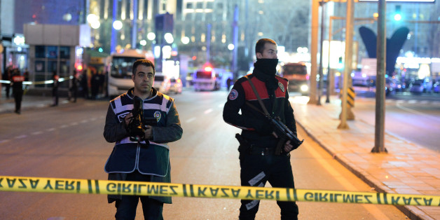 ANKARA, TURKEY - MARCH 13: Police blocks all the roads leading to the scene of an explosion on March 13, 2016 in Ankara, Turkey. The Ankara governor's office has reported that at least 32 people have been killed and over 100 wounded in an explosion in the Turkish capital of Ankara. The explosion is believed to have been a car bomb attack according to Ankara governor Mehmet Kiliclar. (Photo by Defne Karadeniz/Getty Images)