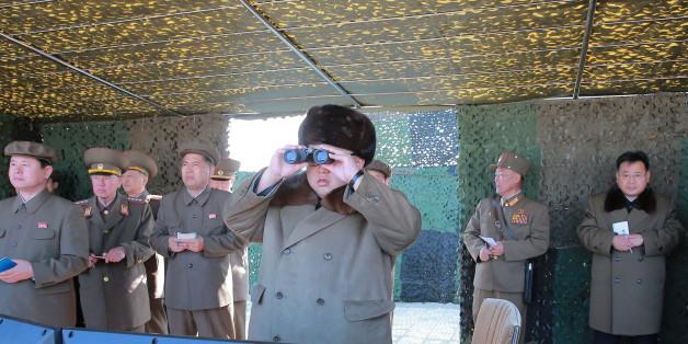 Kim Jong Un bei einem Testfeuer im März 2016