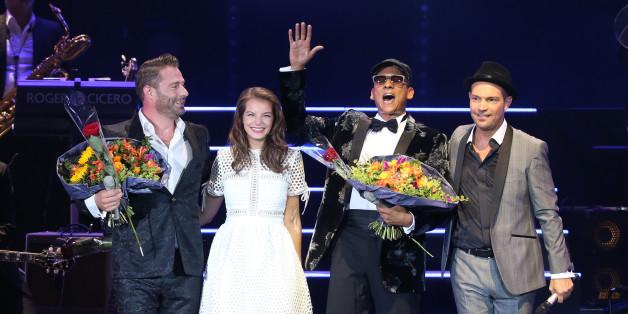 Roger Cicero mit seinen Gästen Sasha, Yvonne Catterfeld und Xavier Naidoo bei seinem Konzert im Hamburg 2015