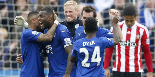 "Football Soccer - Leicester City v Southampton - Barclays Premier League - The King Power Stadium - 3/4/16Leicester City's Danny Simpson, Wes Morgan, Kasper Schmeichel, Christian Fuchs and Nathan Dyer celebrate at full timeAction Images via Reuters / Carl RecineLivepicEDITORIAL USE ONLY. No use with unauthorized audio, video, data, fixture lists, club/league logos or ""live"" services. Online in-match use limited to 45 images, no video emulation. No use in betting, games or single club/league/play"