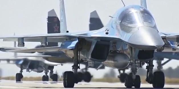 Russische Militärjets während einer Übung