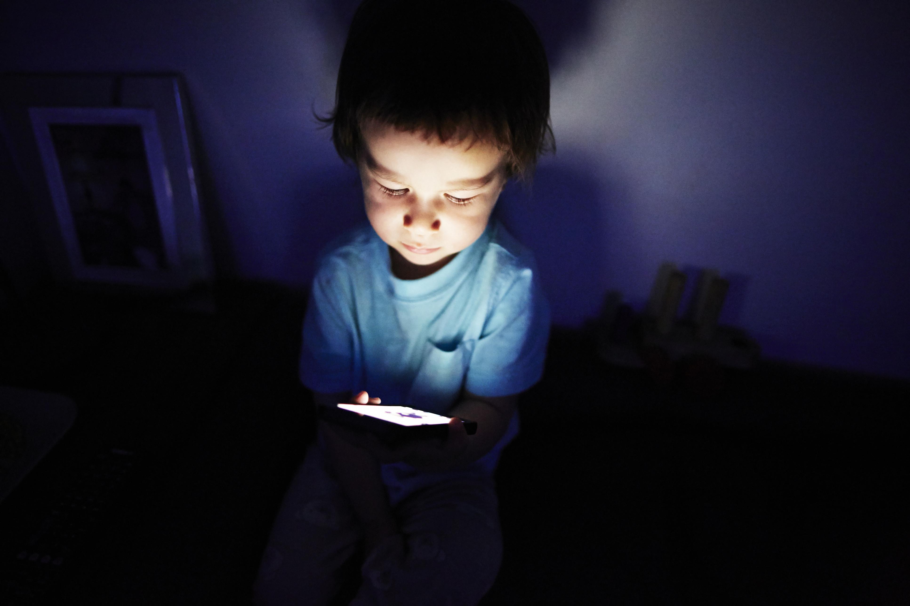 phone dark