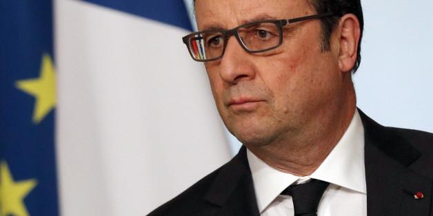 Der französische Präsident Francois Hollande Elysee Palast