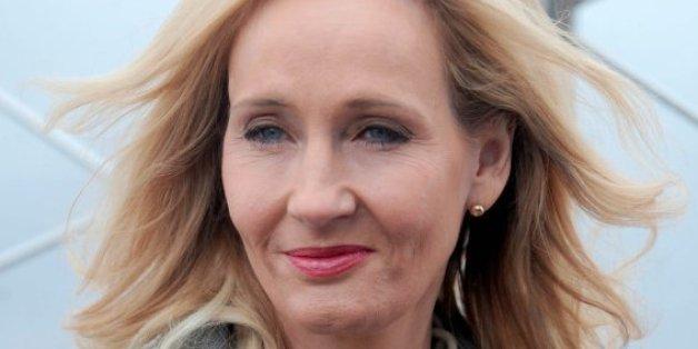 J. K. Rowlings Stuhl erzielt bei einer Versteigerung einen Rekordpreis.