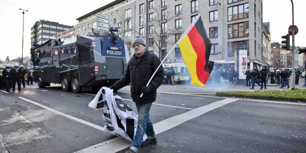 Pegida-Demonstration, Januar 2016, Köln