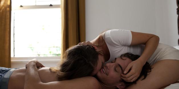 X Männer verraten, was das Beste war, das eine Frau je im Bett gemacht hat