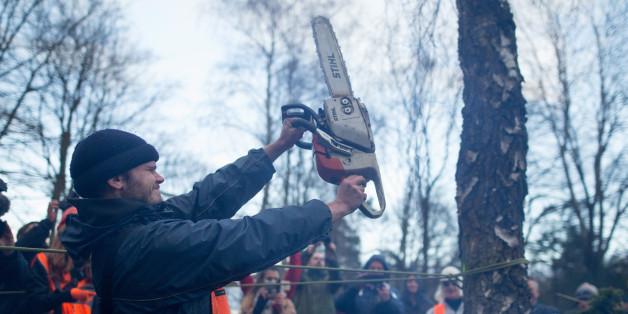 """""""Kettensägen-Massaker"""" - Streit um Flüchtlingsheim in Villen-Viertel spitzt sich zu"""