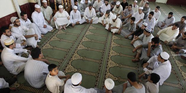 Loin de la politique, l'apprentissage du coran à la Zaouïa Ait Koufi aout 2012  (archives)
