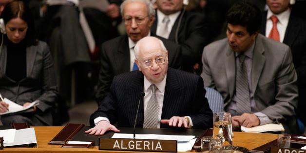 L'ex ministre des affaires étrangères Mohamed Bedjaoui au Conseil de sécurité de l'Onu, le 31 octobre 2005.