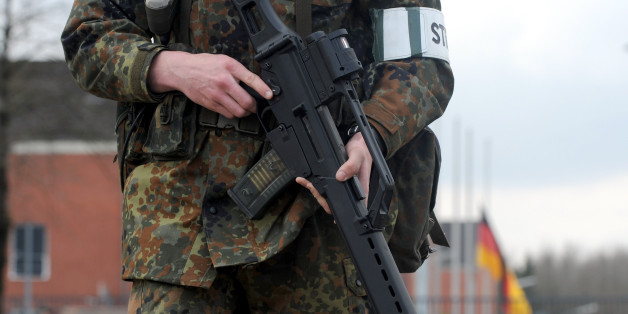Regierung will Militär zur Terrorabwehr einsetzen - in Deutschland