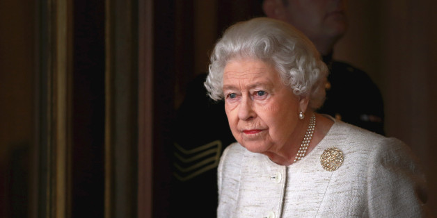 Queen Elizabeth ist im Palast der Boss