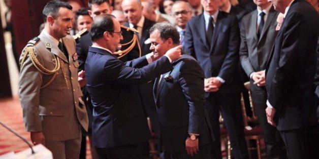 Mehdi Qotbi décoré par François Hollande
