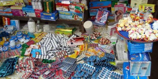 La production et le trafic de médicaments contrefaits bientôt punis par la loi.
