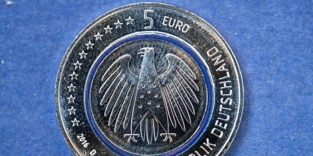 Die neue Fünf-Euro-Münze: Ab Donnerstag ist sie im Umlauf