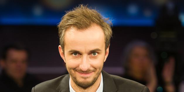 """Jan Böhmermann ist mit seinem """"Schmähgedicht"""" an die Grenzen des ZDF, aber nicht des Rechts gestoßen. Das teilte der Sender nun mit."""