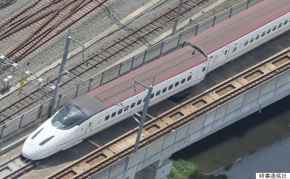 九州新幹線が脱線、復旧のめど立...