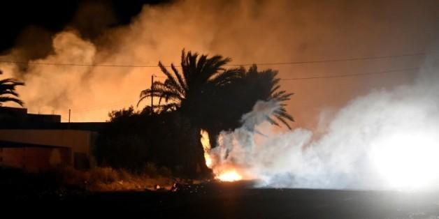 Affrontements entre habitants et forces de l'ordre sur l'île tunisienne de Kerkennah, dans la nuit du 14 avril 2016