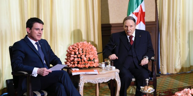 French Prime Minister Manuel Valls (L) meets Algerian President Abdelaziz Bouteflika at his residence during an official visit on April 10, 2016 in Zeralda, a suburb of the capital. / AFP / Eric FEFERBERG