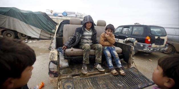 30.000 Flüchtlinge müssen wieder vor dem IS fliehen
