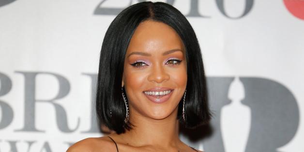 So rührend unterstützt Rihanna einen schwulen Fan bei seinem Outing.