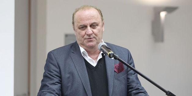 Saar-Innenminister Klaus Bouillon will Intelligenztest für Flüchtlinge einführen