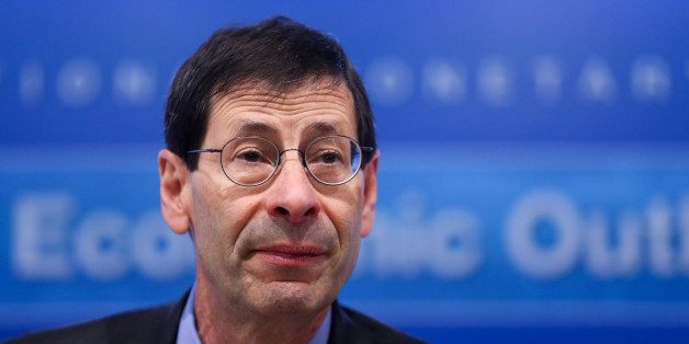 Maurice Obstfeld, chief economist at the International Monetary Fund (IMF), speaks during a news conference at the Bank of England (BOE) in the City of London, U.K., on Tuesday, Jan. 19, 2016. The IMF cut its world growth outlook, as the commodities slump and political gridlock push Brazil deeper into recession, plunging oil prices hobble Mideast crude producers, and the rising dollar curbs U.S. prospects.  Photographer: Chris Ratcliffe/Bloomberg via Getty Images