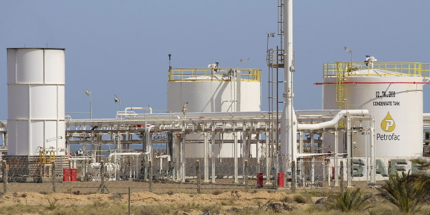 A general view of the facilities at the Chergui gas field of British oilfield services company Petrofac, on the island of Kerkennah, Tunisia, April 17, 2016. REUTERS/Mohamed Amine Ben Aziza        EDITORIAL USE ONLY. NO RESALES. NO ARCHIVE