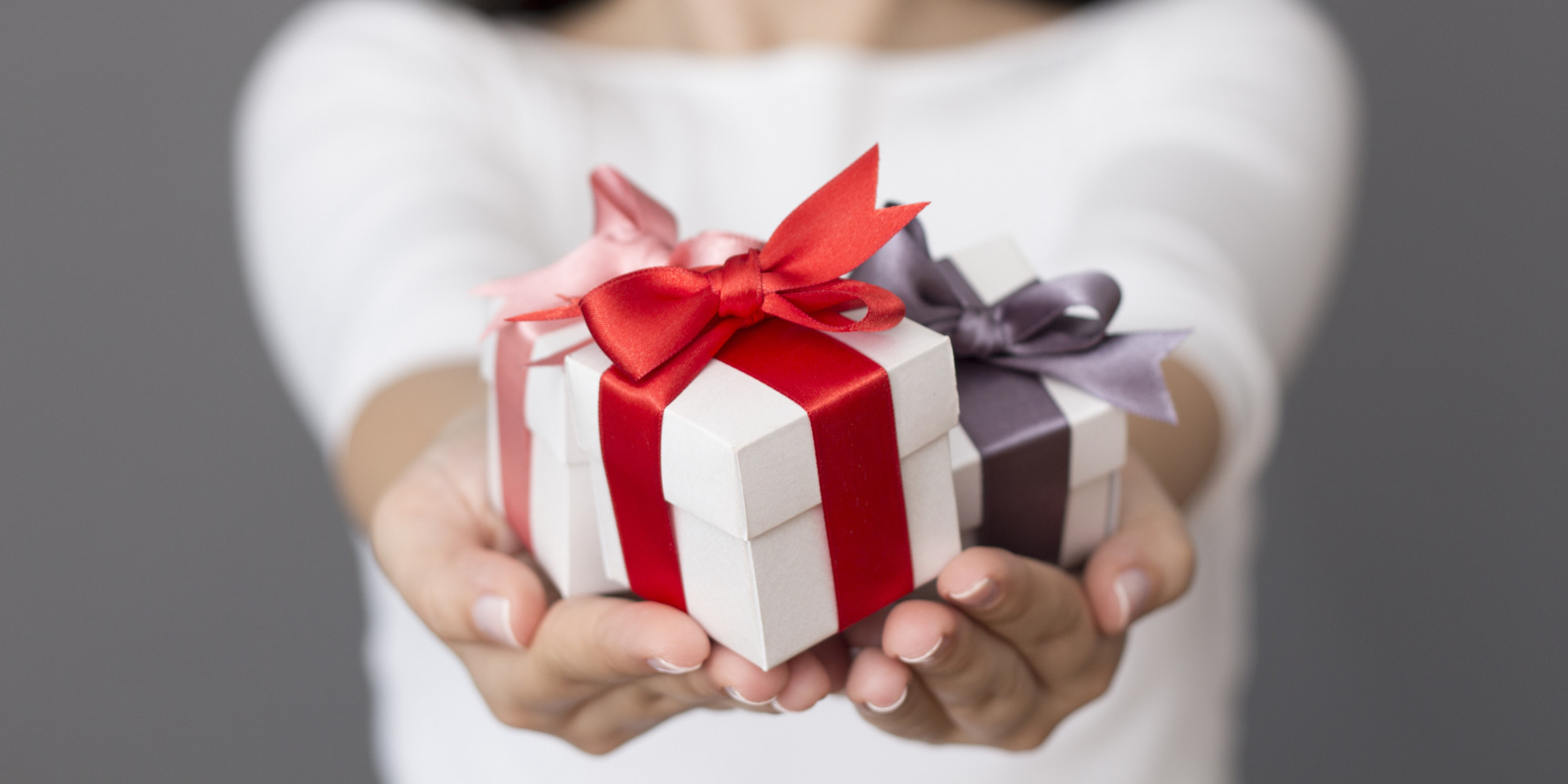 Как сделать так, чтобы мужчина захотел дарить подарки? - Elle 43