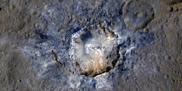Auf dem Zwergplanet Ceres wurde ein heller Krater entdeckt