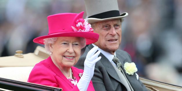 Die Queen Elizabeth II. mit ihrem Mann Prinz Philip