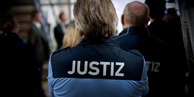 Über 107.000 offene Haftbefehle gibt es derzeit in Deutschland