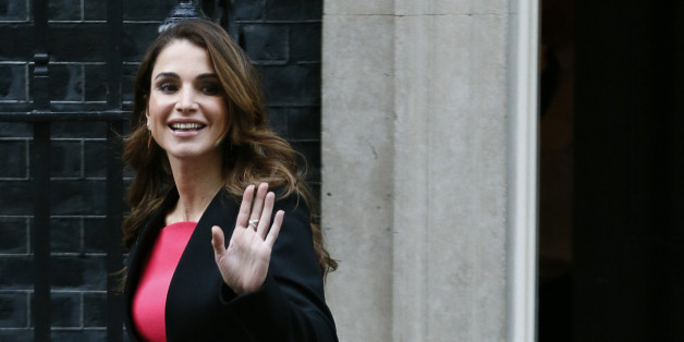 Queen Rania of Jordan leaves after meeting with Britain's Prime Minister David Cameron at Number 10 Downing Street in London, Britain January 8, 2016.  REUTERS/Stefan Wermuth