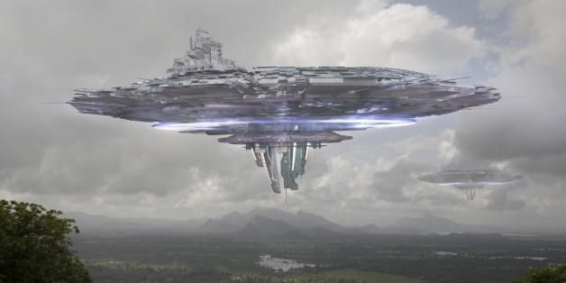 Alien spacecraft approaching the mystical site of Sigiriya in Sri Lanka