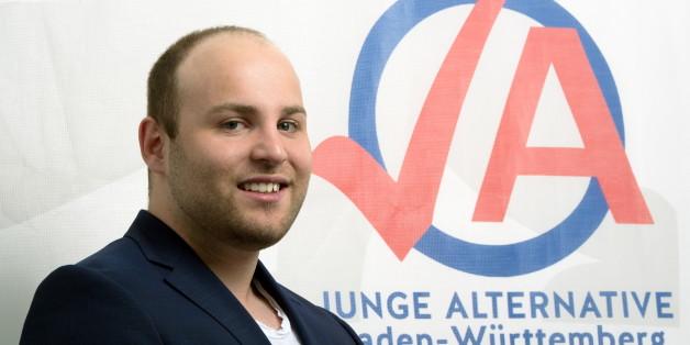 Markus Frohnmaier, Chef der Jungen Alternative, kritisiert den Kurs der Bundesregierung (Archivbild)