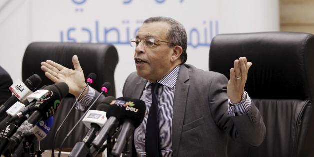 Algeria's Finance Minister Abderrahmane Benkhalfa talks to the press during a news conference in Algiers, Algeria April 11, 2016. REUTERS/Ramzi Boudina