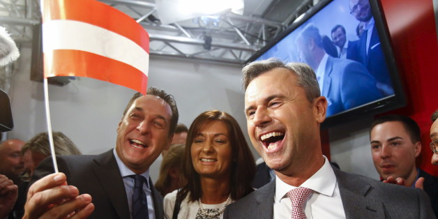Presidential candidate Norbert Hofer (R) and head of the Austrian Freedom party Heinz-Christian Strache (L) react at the party headquarter in Vienna, Austria, April 24, 2016. REUTERS/Heinz-Peter Bader