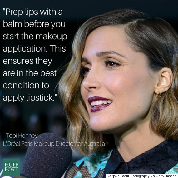 rose byrne dark lipstick