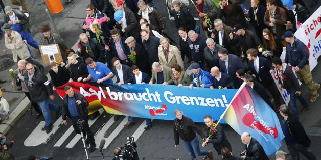 """Berliner Polizisten nennen die AfD """"konservativ"""" und """"bürgernah"""""""