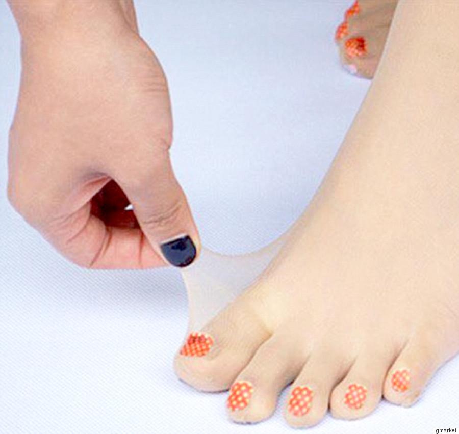 pre painted toenails
