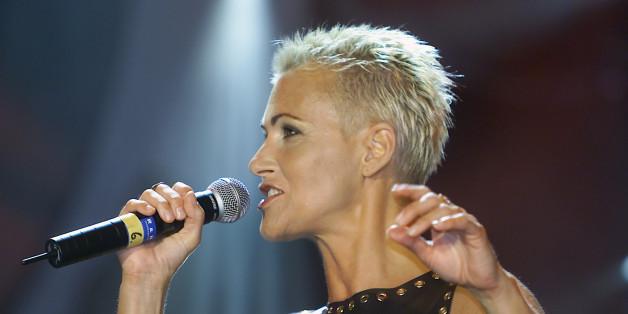 Marie Fredriksson von Roxette bei einem Auftritt in Köln im Jahr 2001