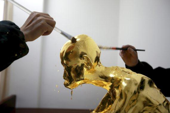 fu hou mummified monk gold china