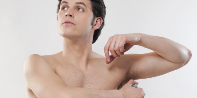 Männer-Deos im Test: Diese Produkte helfen gegen Schweiß