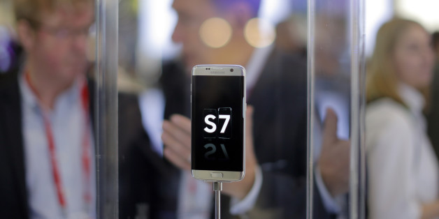 A Samsung Galaxy S7 is displayed during the Mobile World Congress wireless show in Barcelona, Spain, Wednesday, Feb. 24, 2016. (AP Photo/Manu Fernandez)