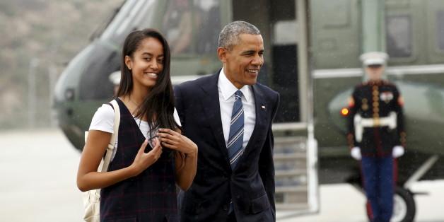 US-Präsident Barack Obama mit seiner Tochter Malia, die in Harvard studieren will